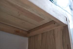 detail du meuble, aucune visse visible :)